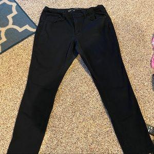 Universal Thread (Target) Black skinny jeans - 18